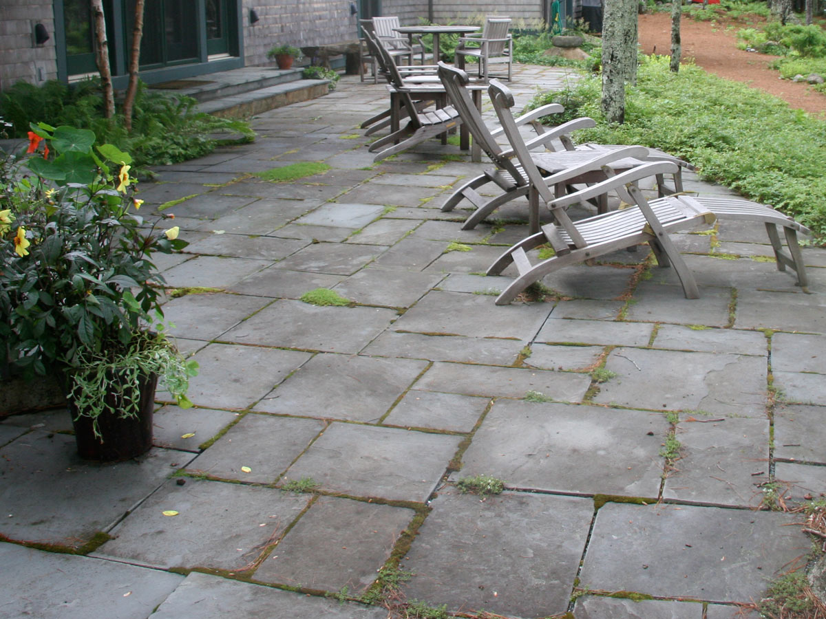 pavers slab stone patio courtyard